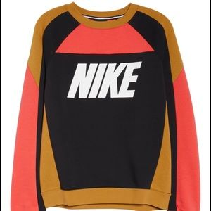 Nike Sportswear Crewneck Sweatshirt size XS